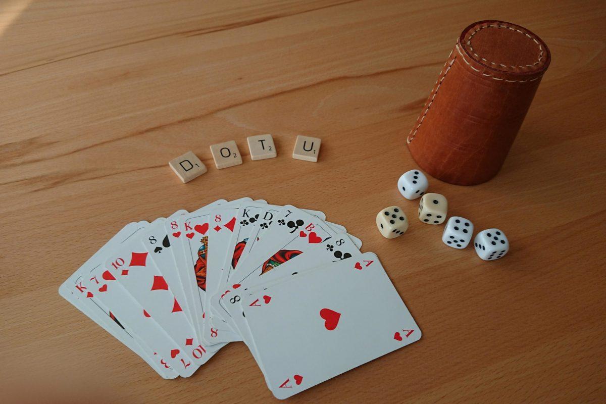 Karten Würfel(1)